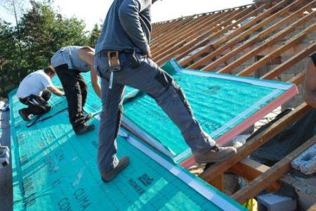 isoleren van hellend dak
