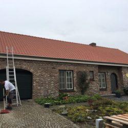 renovatie van hellend dak in Riemst