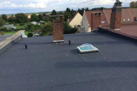 plat dak herstellen met roofing